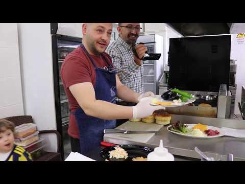Самые вкусные гамбургеры от турецкого мужчины