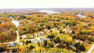 Fall colors. Heritage Lake, Coatesville, Indiana