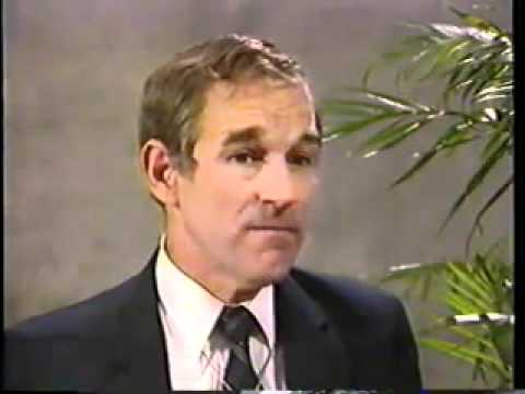 Ron Paul talks about American power structure, FED, Trilateral Commission and CFR (August 1988)
