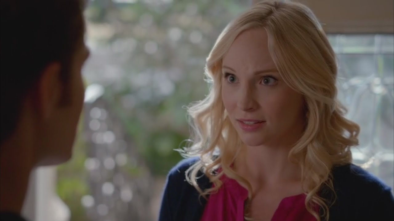 who is caroline from vampire diaries dating Caroline's purple tie front cami and black zip jacket on the vampire diaries caroline's denim sweetheart dress on the vampire diaries caroline's pink button front top with ruffles and denim moto jacket on the vampire diaries.