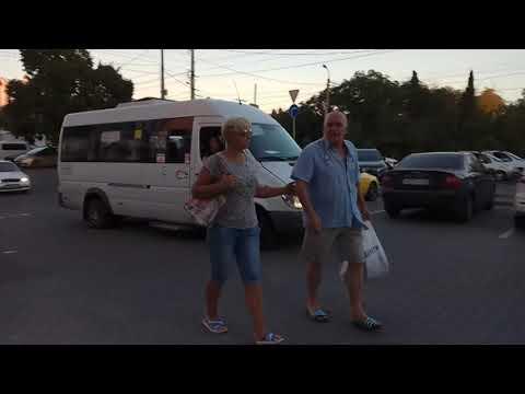 Ежедневное нарушение ПДД общественным транспортом в г  Севастополе по ул  Пожарова