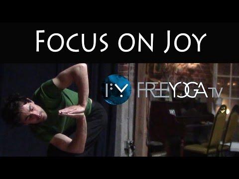 30 Days of Yoga - Day 19 | Focus on Joy | Stephen Beitler Taha Yoga