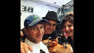 """Оскар Кучера в шоу """"БЕСТолочи"""" на радио BEST FM."""