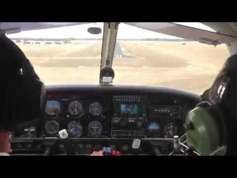 Landing at Echuca, Victoria Australia (PA-44) - summertime
