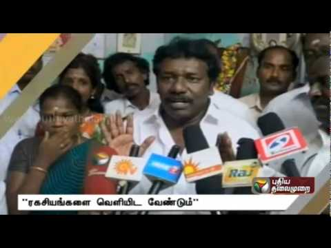 Actor Sarathkumar using caste card, politics: Karunas