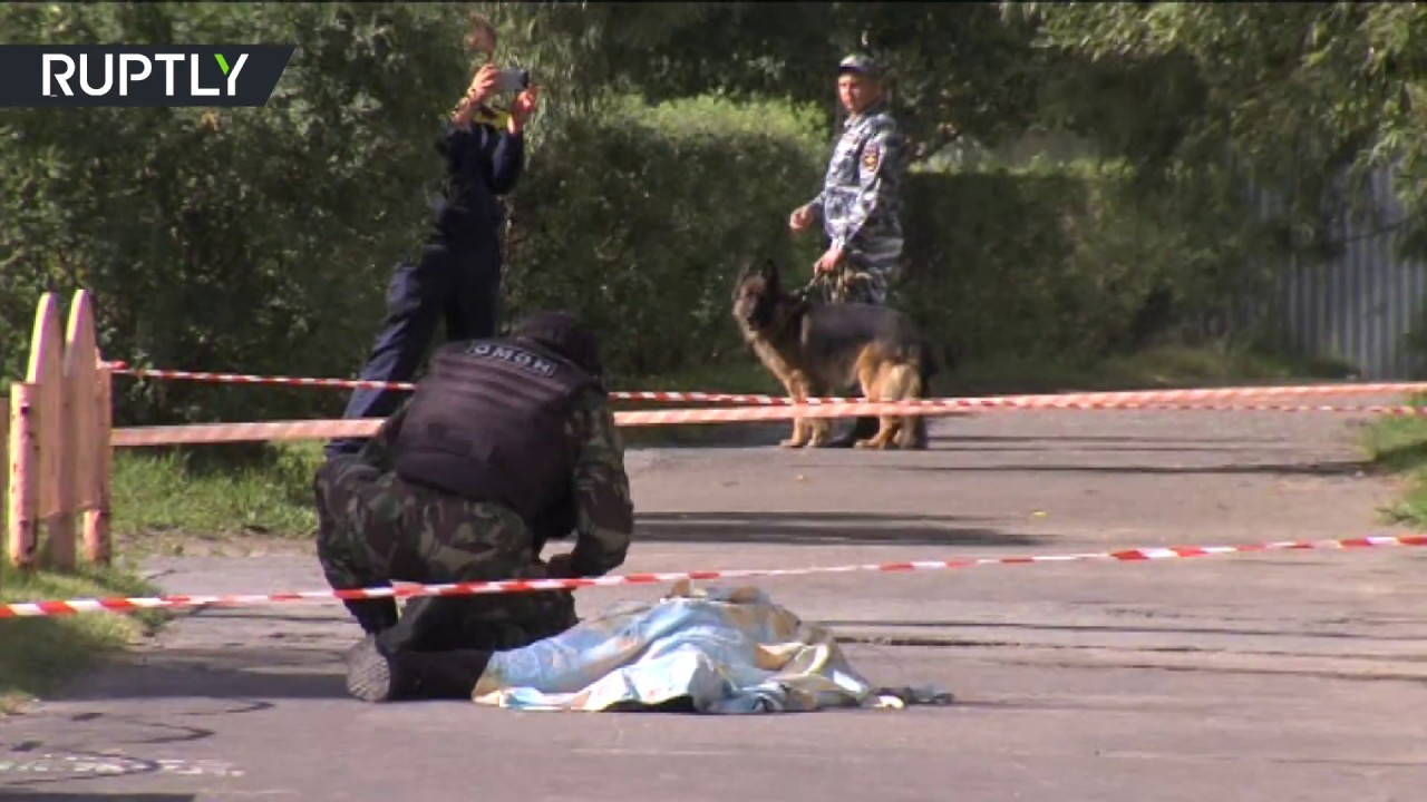 В Сургуте ликвидировали мужчину, напавшего на прохожих с ножом