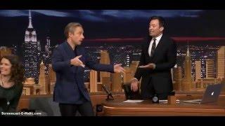 Martin Freeman dancing on Jimmy Fallon again
