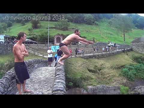 НЕ ЗАМЕТИЛ ЛОДКУ и прыгнул в воду с моста еще один экстремал обзор неудачных
