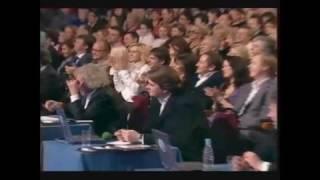 Первый канал - КВН - Lacalut White (шутка команды)