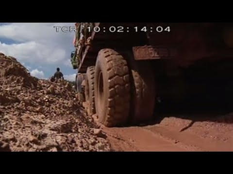 Congo's trucks (full documentary)