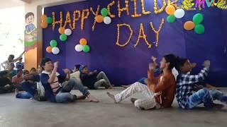 Friend marina trend maradhu dance performance in Dr AKR's INSPIRE School (Children's Day)