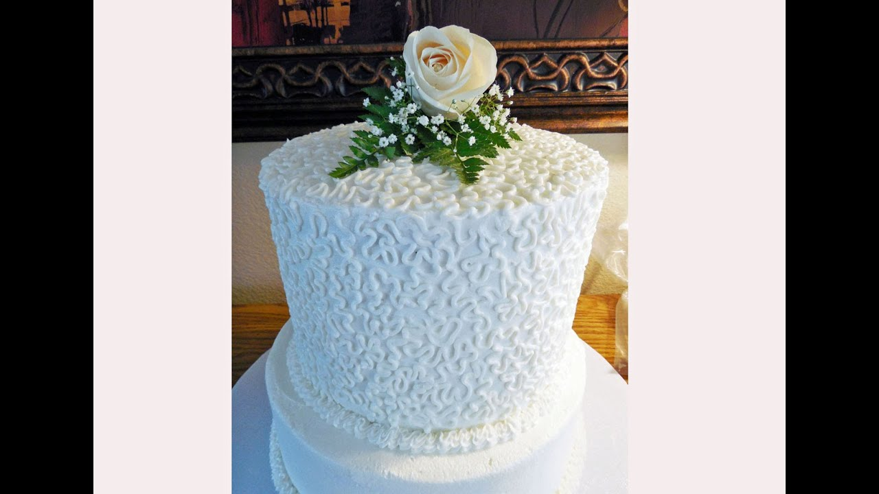 How To Decorate Wedding Cakes With Royal Icing