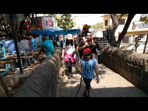 Walking down market steps, Elephanta Island, Mumbai, India, 2016-02-14