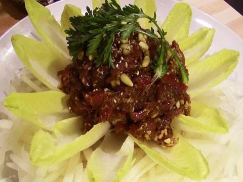 """Korean-style steak tartare (""""yukhoe"""") - YouTube"""