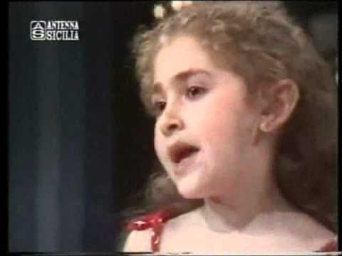 Alessia D´antoni - Marylin (Festival della Canzone Siciliana primi anni 80 presenta Pippo Baudo)