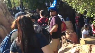 Psychology of waiting in line at Disneyland
