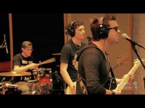 @thiagocorrea - MASHUP Samba-Rock de Rihanna vs Seu Jorge (ao vivo)