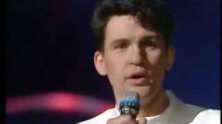 Johnny Logan Hold Me Now (Sing-along Lyrics) [Ireland Eurovision 1987 Winner]
