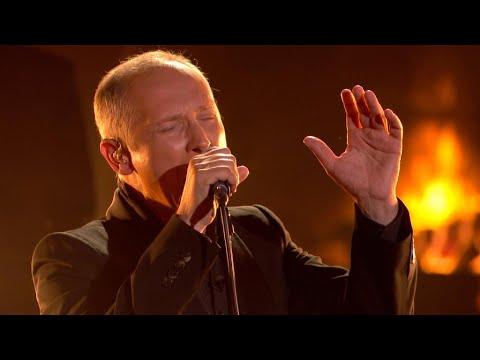 Helmut brengt een indrukwekkende cover van Shadowman | Liefde Voor Muziek