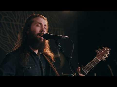 Смотреть клип Avi Kaplan - Full Moon