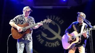 "Michael Chapman and Ehud Banai play ""Ehud"" in Tel Aviv 2015"