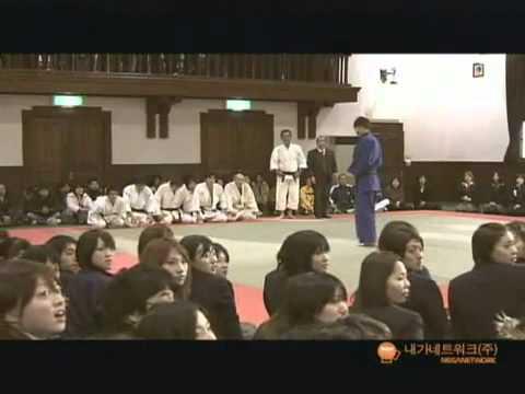 All Yoo seung ho kisses ( Uee, Jiyeon, Kang sora, Park eun bin ) from YouTube · Duration:  1 minutes 10 seconds