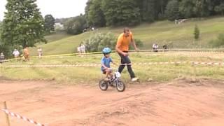 Cēsu pilsētas svētki  velosipēdi klase no 3 līdz 5 gadiem   26 07 2015(, 2015-07-28T13:07:42.000Z)