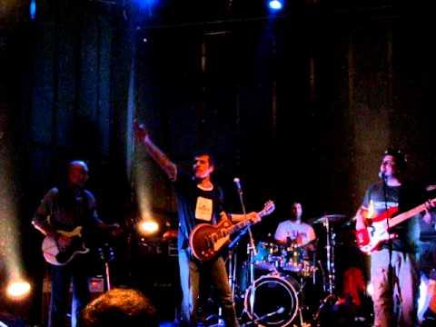 ΛΟΥΔΙΑΣ - Η Εταιρεια (live @ Μυλος, Club 1/12/10)