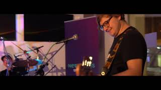 BBC INTRODUCING LIVE LOUNGE - Lonely Exclusive!