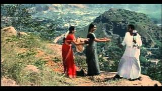 En Purusan Kuzhandai Madiri - Livingston fights with Ponnambalam