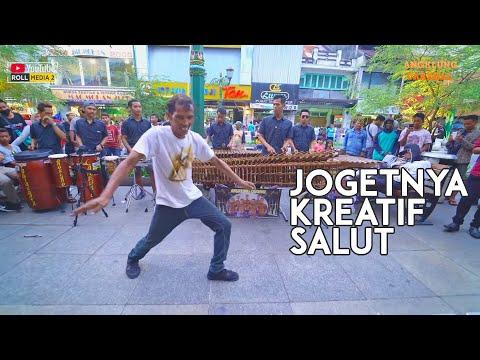 SAYANG 4 - WOW Lentur Joget Kreatif Kaya Gak Bertulang - Angklung Carehal Jogja (Angklung Malioboro)