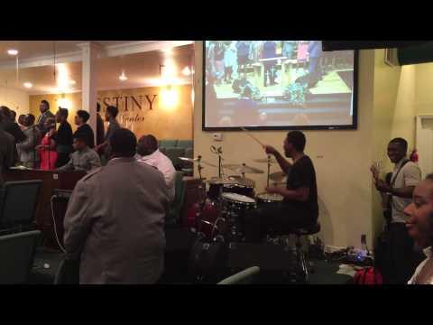 Mark Hubbard & The Voices - I Won't Turn Back @ Destiny Worship Center Chicago