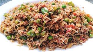 ऐसे बनाएं स्वादिष्ट तवा पुलाव | Street Style Tawa Pulao Recipe I How To Make Tawa Pulao
