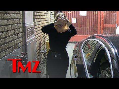 Sia Shows Face, Then Hides It At Netflix Party   TMZ