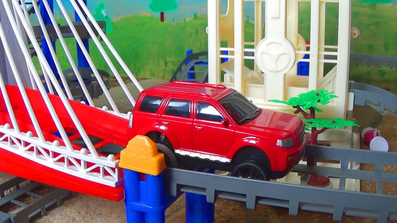 Новые игрушки - машинки и новый крутой трек - видео про машинки для детей