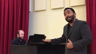 "Martin Bakari Sings ""Un'aura amorosa"" from Mozart's 'Così fan tutte'"