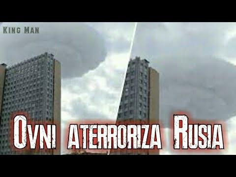 Nube con platillo volador en su interior aterrorizo la ciudad de Moscu en Rusia