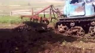 дт-75 казахстан пашет огород