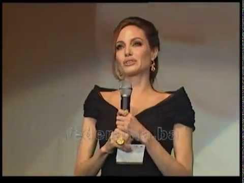 Angelina Jolie speaks in Bosnian language-Premiera film in Bosnia