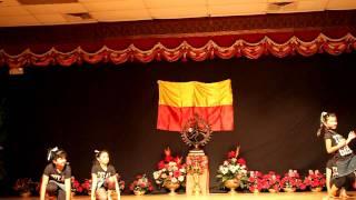 Will You Rock Me Baby Rock Me Now - Srigandha Kannada Koota Ugadi Celebrations 2010