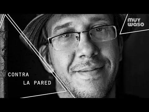 """Contra la pared: ÁLEX AYALA presenta """"Ser payaso es cosa seria"""""""