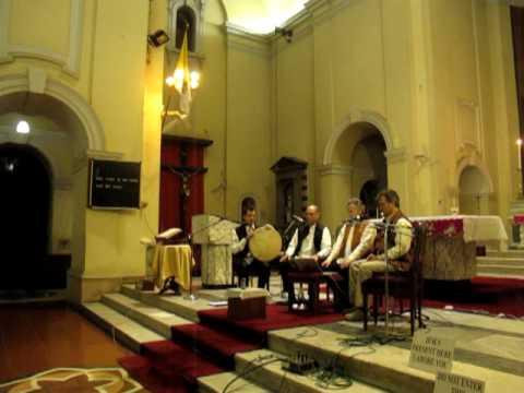David Hykes and the Harmonic Choir @ Sacred Heart Cathedral New Delhi INDIA.MOV