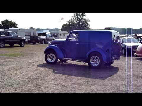 Fordson Van - NSRA Supernationals 2011