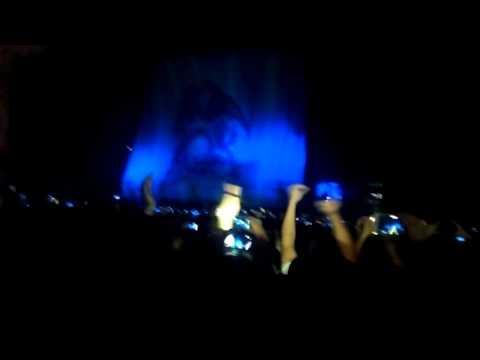 Queen+Adam Lambert+CRAZY FANS! Intro/One Vision - Buenos Aires, Argentina 2015