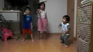 3姉弟の羞恥心です(^^) 歌は全くですが・・・(><) 可愛さは1...