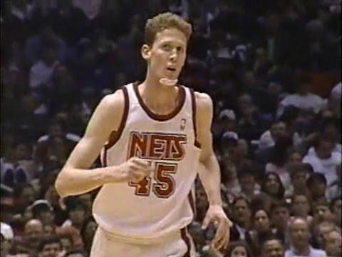 Shawn Bradley (17pts/12rebs/6blks) vs. Bulls (1996)
