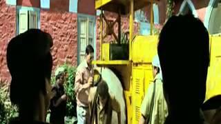 Khatta Meetha Road Roller Scene