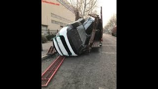 Tesla transports by open truck while Lamborghini/ferrari only use closed trucks avoiding damages