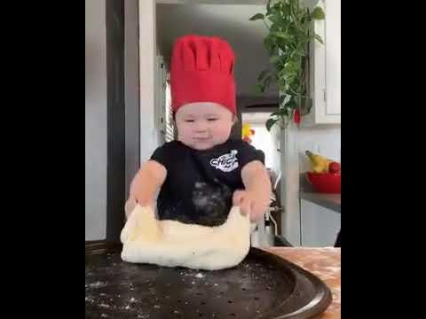 Download WORLDS FIRST BABY CHEF | MIX VIDEOS 4U