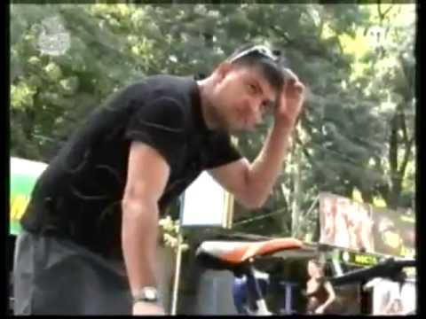 thu gian (dua chut thoi ) - - Funny Videos at Videobash.mp4